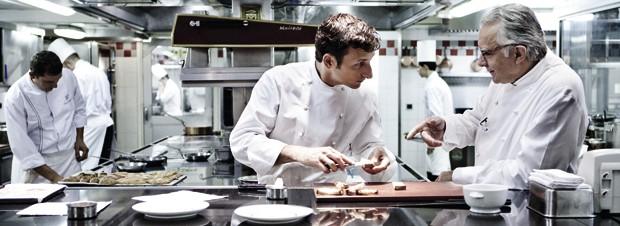 Alain Ducasse in der Küche