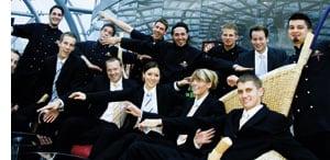 Die Crew des Hangar-7 im Gruppenfoto