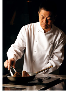 2-Sterne-Koch Yoshihiro Narisawa