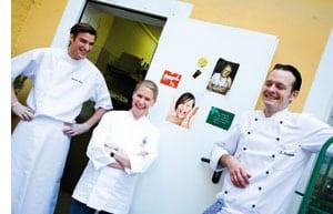Cornelia Poletto mit zwei Kollegen