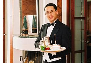 Der Butler von Putin & Co., Dirk Ricardo Dürner