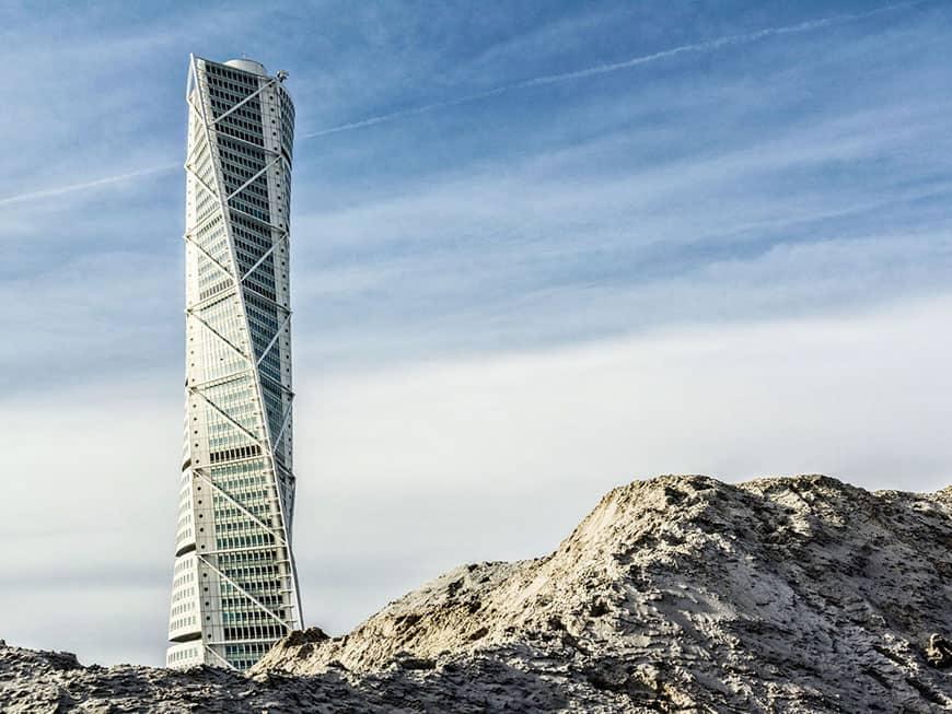 Turning Torso: Mit einer Höhe von 190 Metern und 54 Etagen ist das Gebäude der höchste Wolkenkratzer Skandinaviens